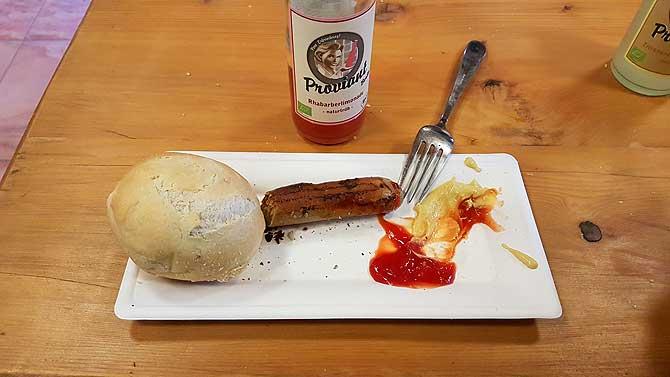 Vegane Bratwurst im Parkrestaurant Bärenblick