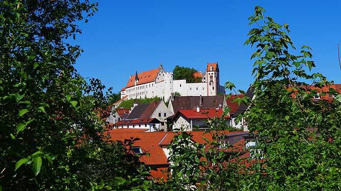 Blick auf Hohes Schloss und Kloster St. Mang