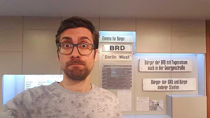 Ich im Tränenpalast in Berlin