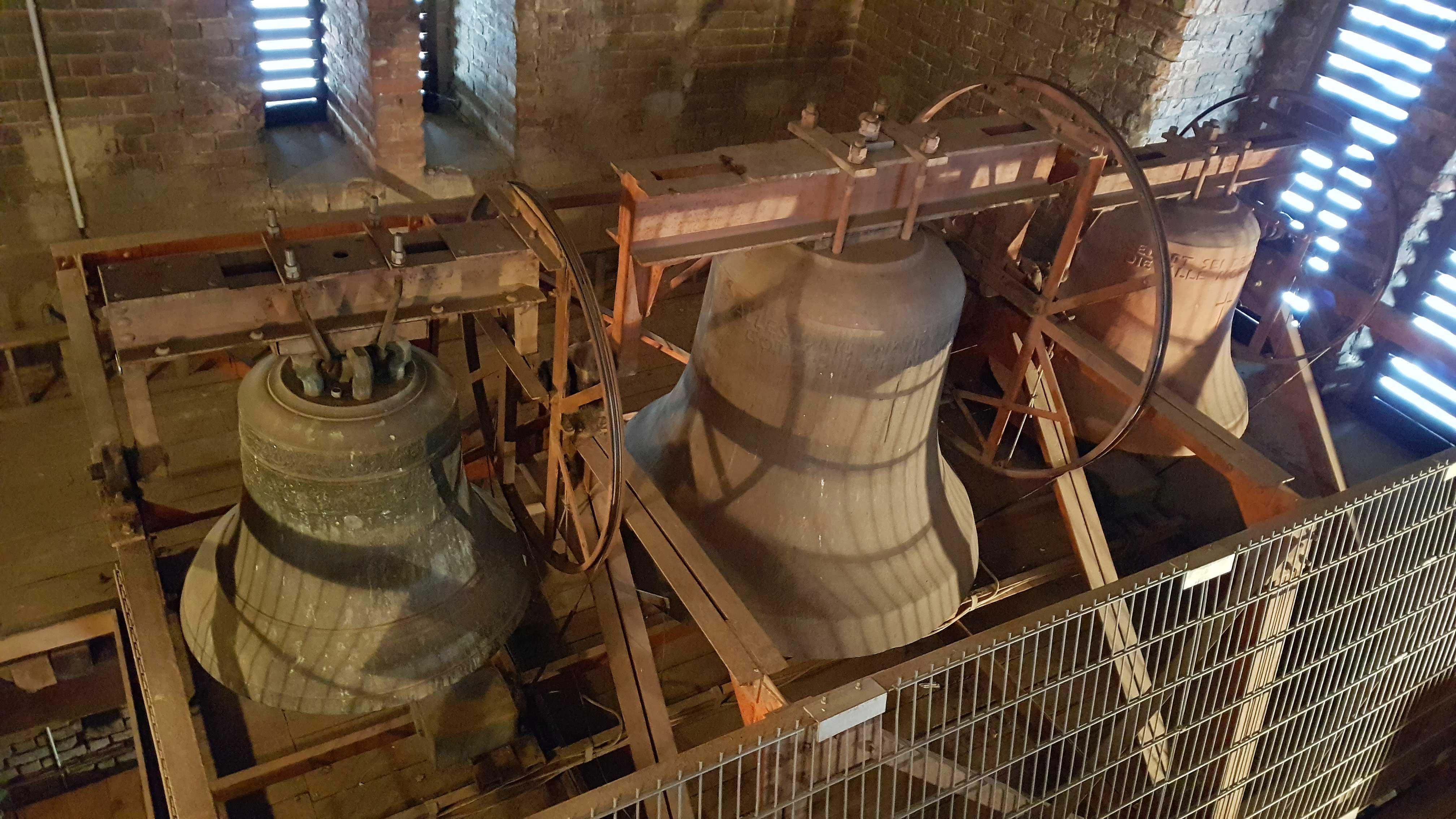 Glocken im Lübbener Kirchturm