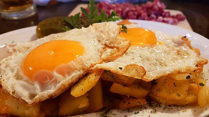 Bratkartoffeln im Inselhaus