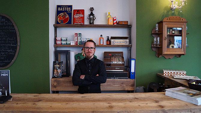 Pascal ist Chef vom Frankenberger Barber Shop