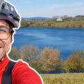 Der Maare Mosel Radweg ist ein Teil beim Mountainbiken in der Vulkaneifel bei Daun