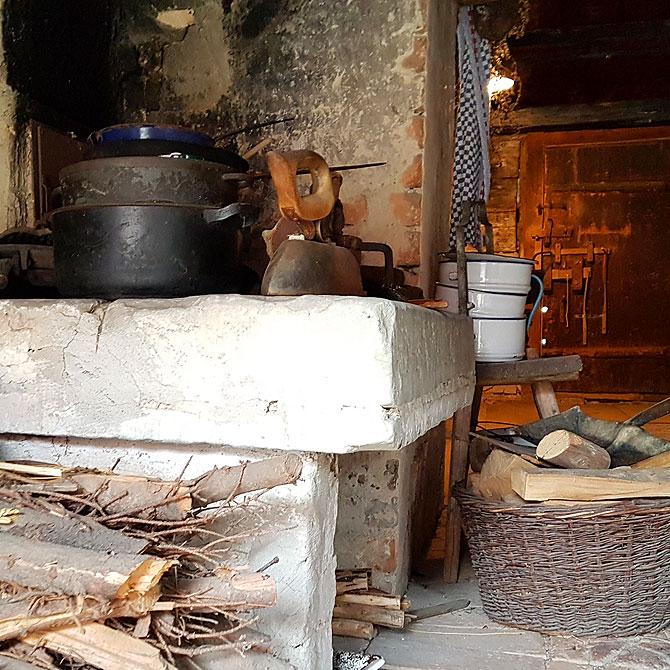So sieht eine Küche zur damaligen Zeit aus.