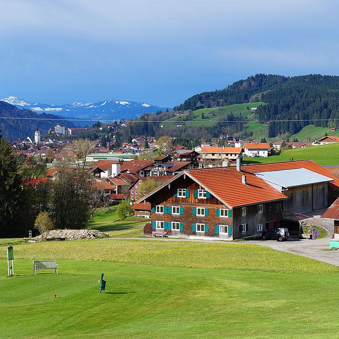 Blick auf das Haubers Alpenresort Oberstaufen