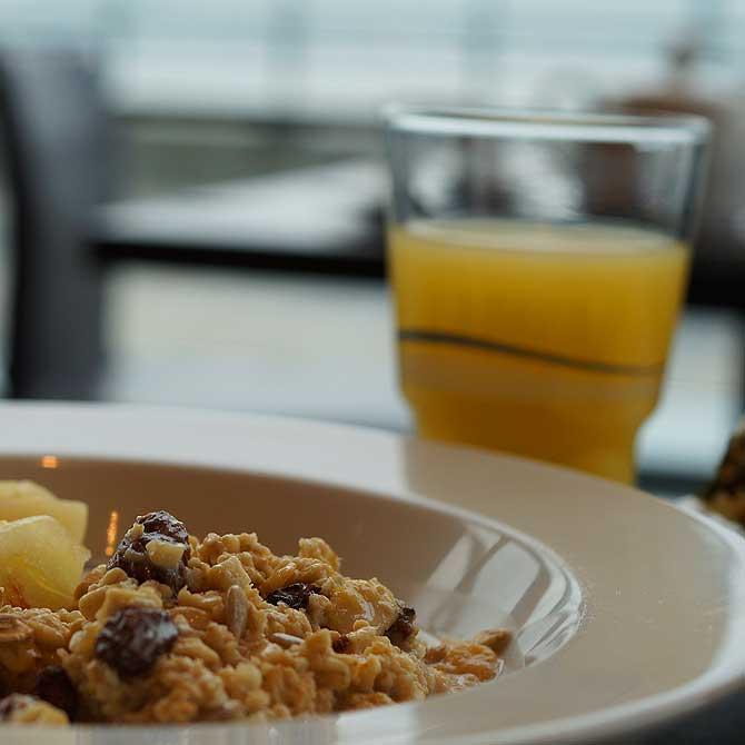 Frühstück im Sail City