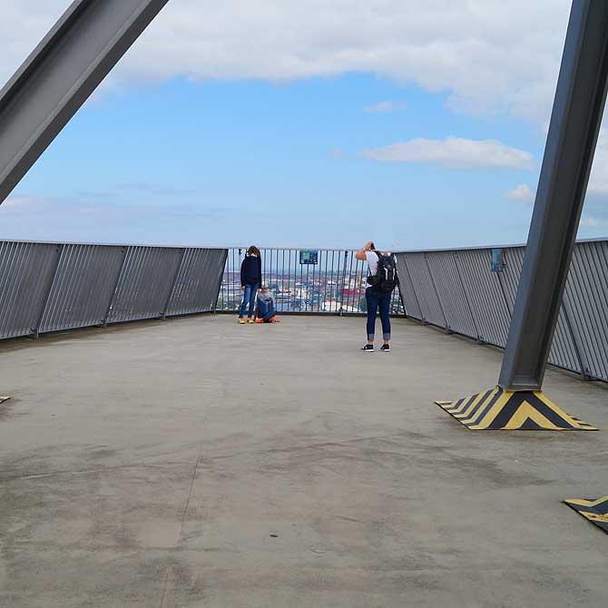 Besucherterrasse im Atlantic Sail Bremerhaven