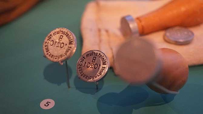 Stempel und Siegel