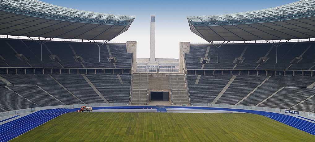 Das Berliner Olympiastadion ist eine beliebte Sehenswürdigkeit in Berlin