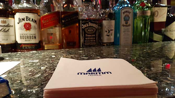 Drinks an der Maritim Bar