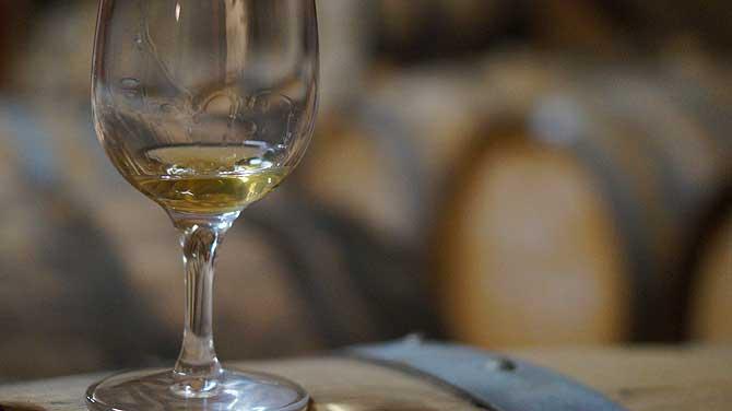 Goldige Farbe des Roggen Whiskey aus dem Spreewald
