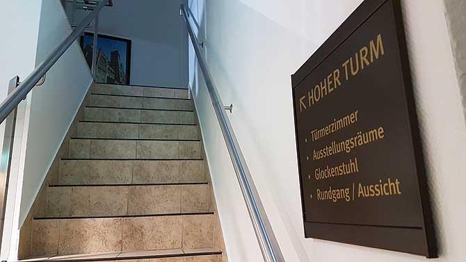 Treppen zum Hohen Turm