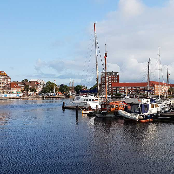 Alter Neuer Hafen Emden