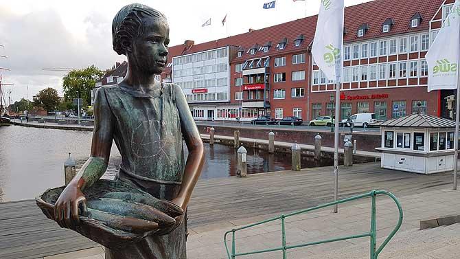 Jantje Vis am Hafen