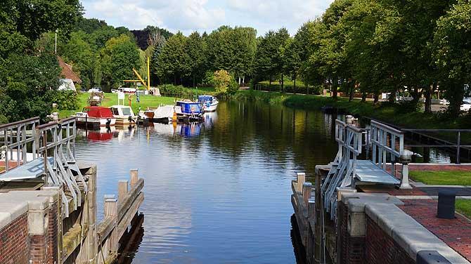 Wasserwege sind auch Sehenswürdigkeiten in Emden