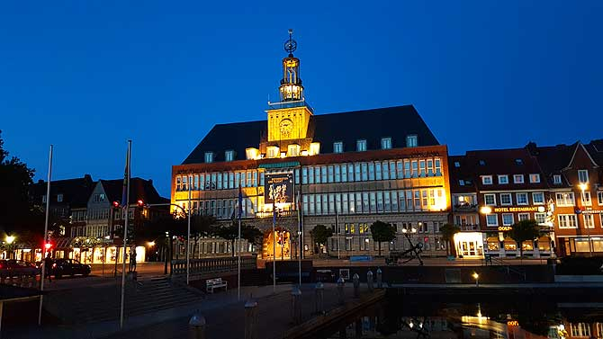 Top Sehenswürdigkeit in Emden ist das Rathaus
