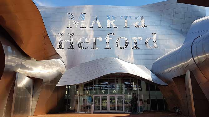 Marta Herford ist ein auffälliges Kunstmuseum