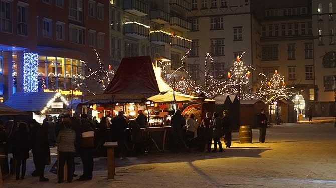 Weihnachtsmarkt auf dem Jakobikirchplatz