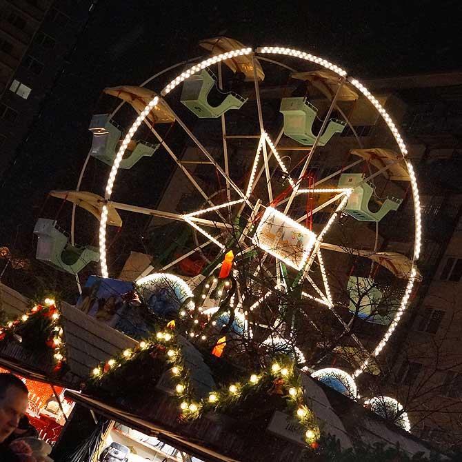 Riesenrad auf dem Chemnitzer Weihnachtsmarkt