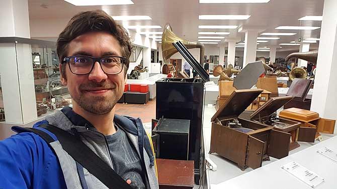Ich im Deutschen Phonomuseum in Sankt Georgen