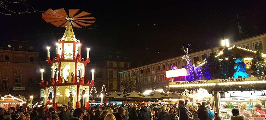 Der Darmstädter Weihnachtsmarkt ist einer der beliebtesten in Hessen