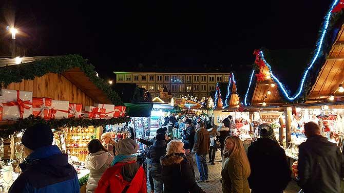 Stände Weihnachtsmarkt.Darmstädter Weihnachtsmarkt 5 Tipps Die Dich Glücklich Machen