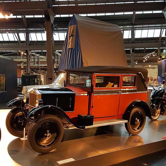 DKW Auto mit Dach
