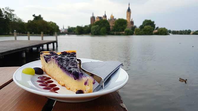 Cafe Ruderhaus Schwerin Kuchen