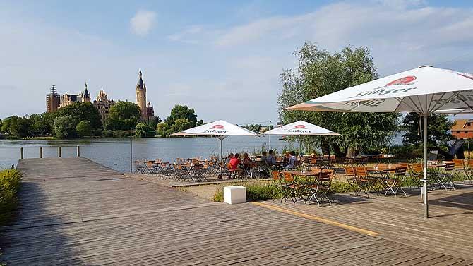 Cafe Ruderhaus Schwerin Ausblick