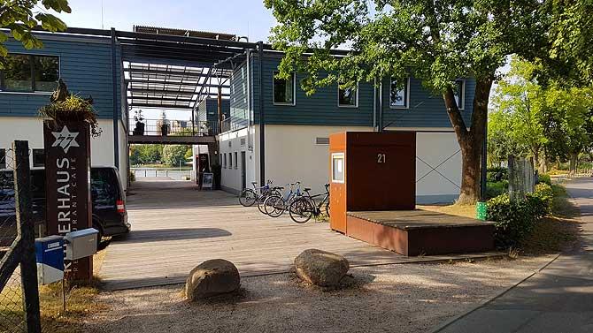 Cafe Ruderhaus Schwerin Eingang