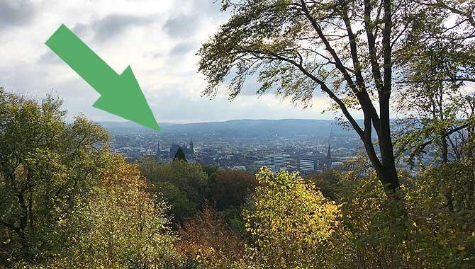 Kannst du den Aachener Dom sehen?