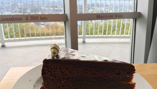 Sacher Torte im Belvedere Turm Aachen