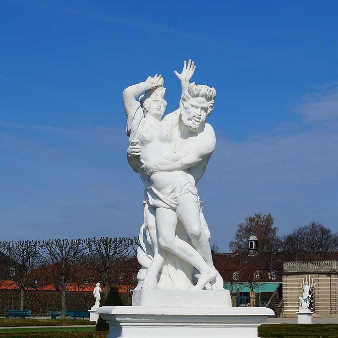 Apoll ist eine der Statuen in den Herrenhäuser Gärten