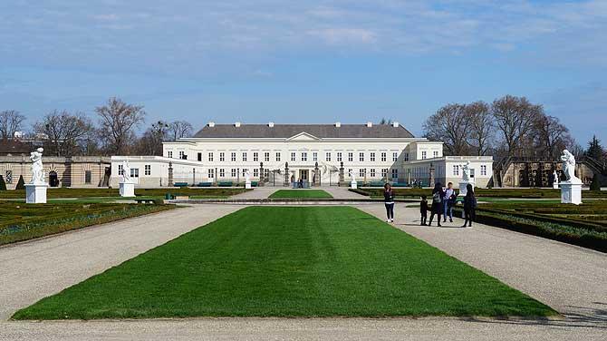 Das Herrenhäuser Schloss ist Museum und Tagungszentrum