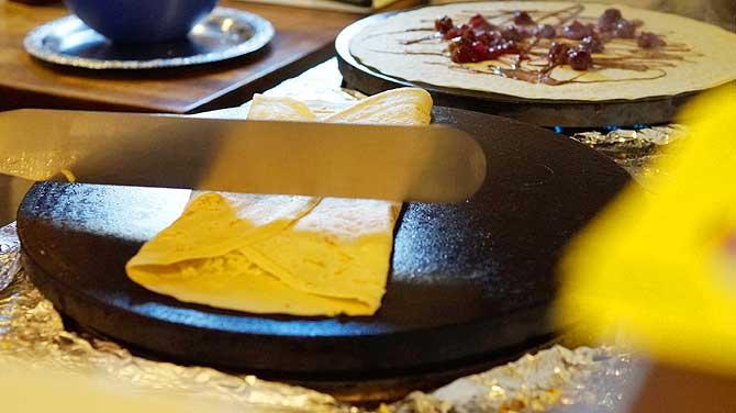Crepe Messer und Waffelplatte