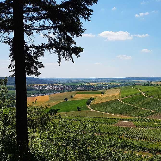 Ausblick in den Kraichgau Stromberg