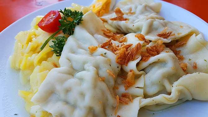 Maultaschen mit Kartoffelsalat