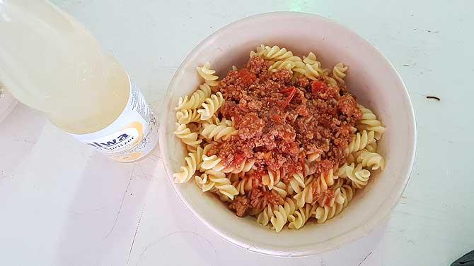 Lecker Nudeln mit Bolo als Mittagessen