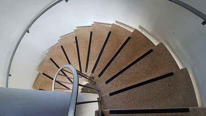 Treppenstufen im Brendturm