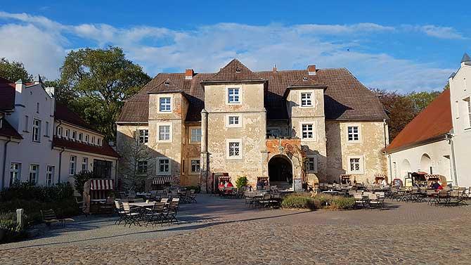 Wasserschloss Mellenthin Cafe