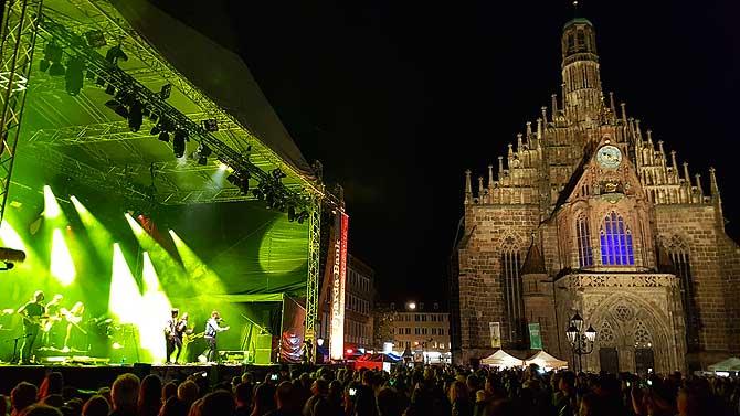 Bühne an der Frauenkirche