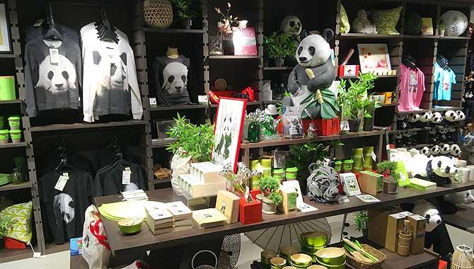 Im Zoo Shop herrscht das Pandamuster