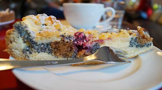 Kuchen gehört beim Urlaub im Schiefergebirge dazu
