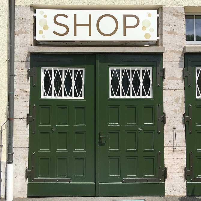 Kein Merchandising im Henkell Shop