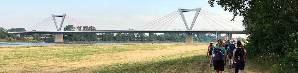 Megamarsch Düsseldorf
