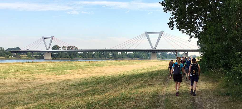 Der Megamarsch Düsseldorf ist eine Extremwanderung durch das Rheinland