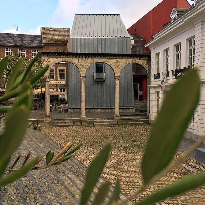 Hof Aachen