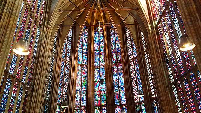 Fenster im Dom zu Aachen