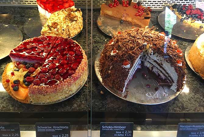 Kuchen bei Wippler