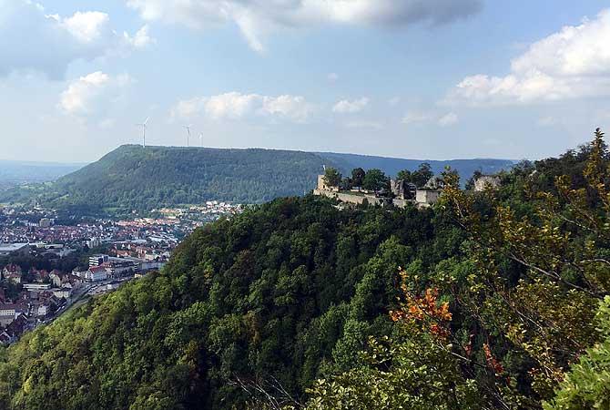 Ausblick auf Burgruine Helfenstein